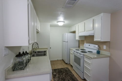 Clovis Apartment Group | Woodbridge Apartments And Rentals
